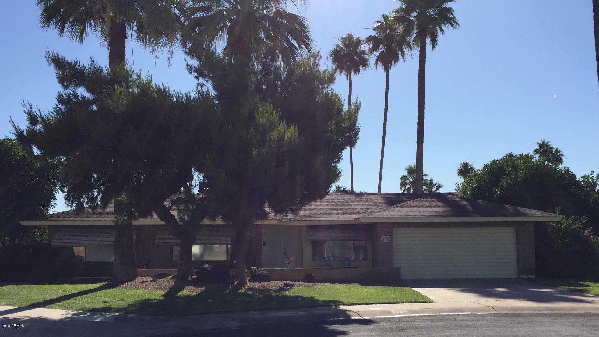 Photo for 4124 W Linger Lane, Phoenix, AZ 85051 (MLS # 5934663)