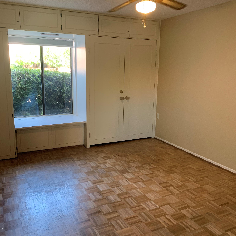 Photo for 3033 E Devonshire Avenue, Unit 1007, Phoenix, AZ 85016 (MLS # 5964640)