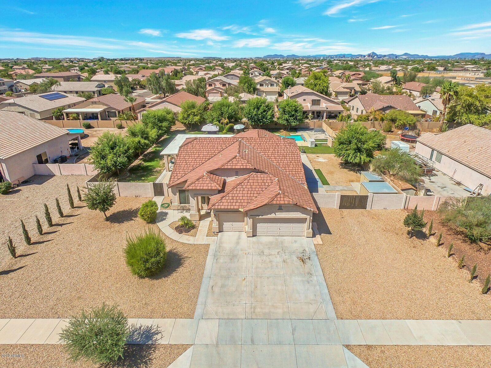 Photo for 2410 W Darrow Street, Phoenix, AZ 85041 (MLS # 5964873)