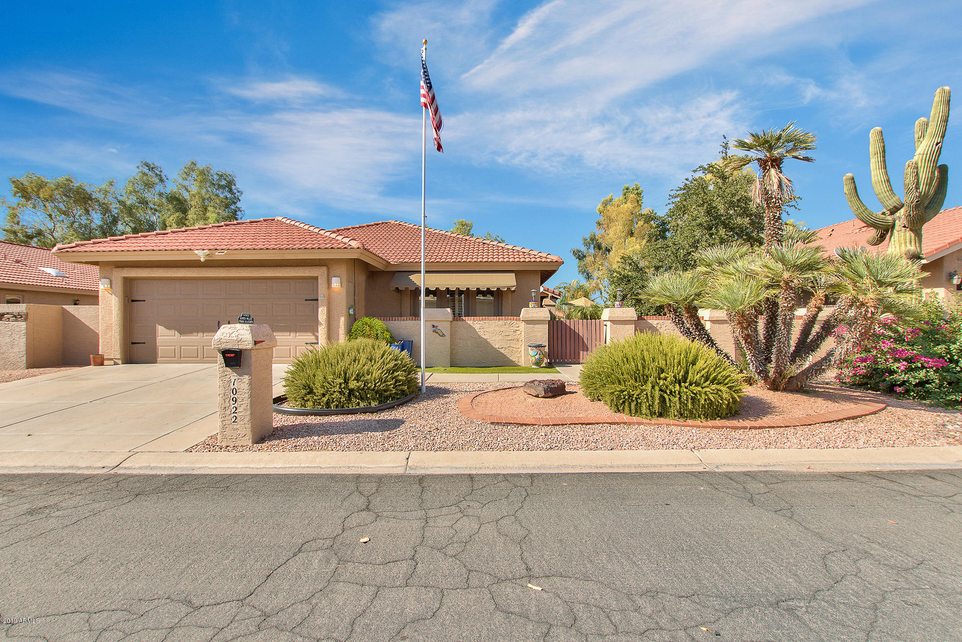 Photo for 10922 E Chestnut Drive, Sun Lakes, AZ 85248 (MLS # 5981214)