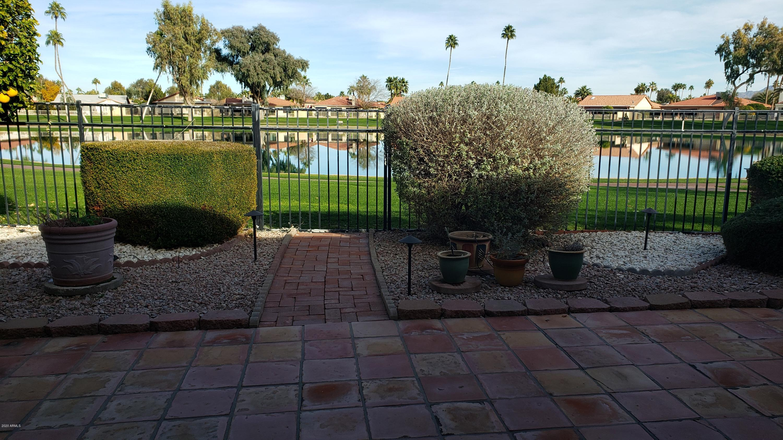Photo for 26433 S Lakemont Drive, Sun Lakes, AZ 85248 (MLS # 6024240)