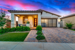 Photo of 1916 S Huish Drive, Gilbert, AZ 85295 (MLS # 6084291)