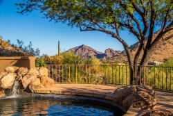 Photo of 4628 E Foothill Drive, Paradise Valley, AZ 85253 (MLS # 6098906)