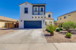 Photo of 2939 E Crescent Way, Gilbert, AZ 85298 (MLS # 6115102)