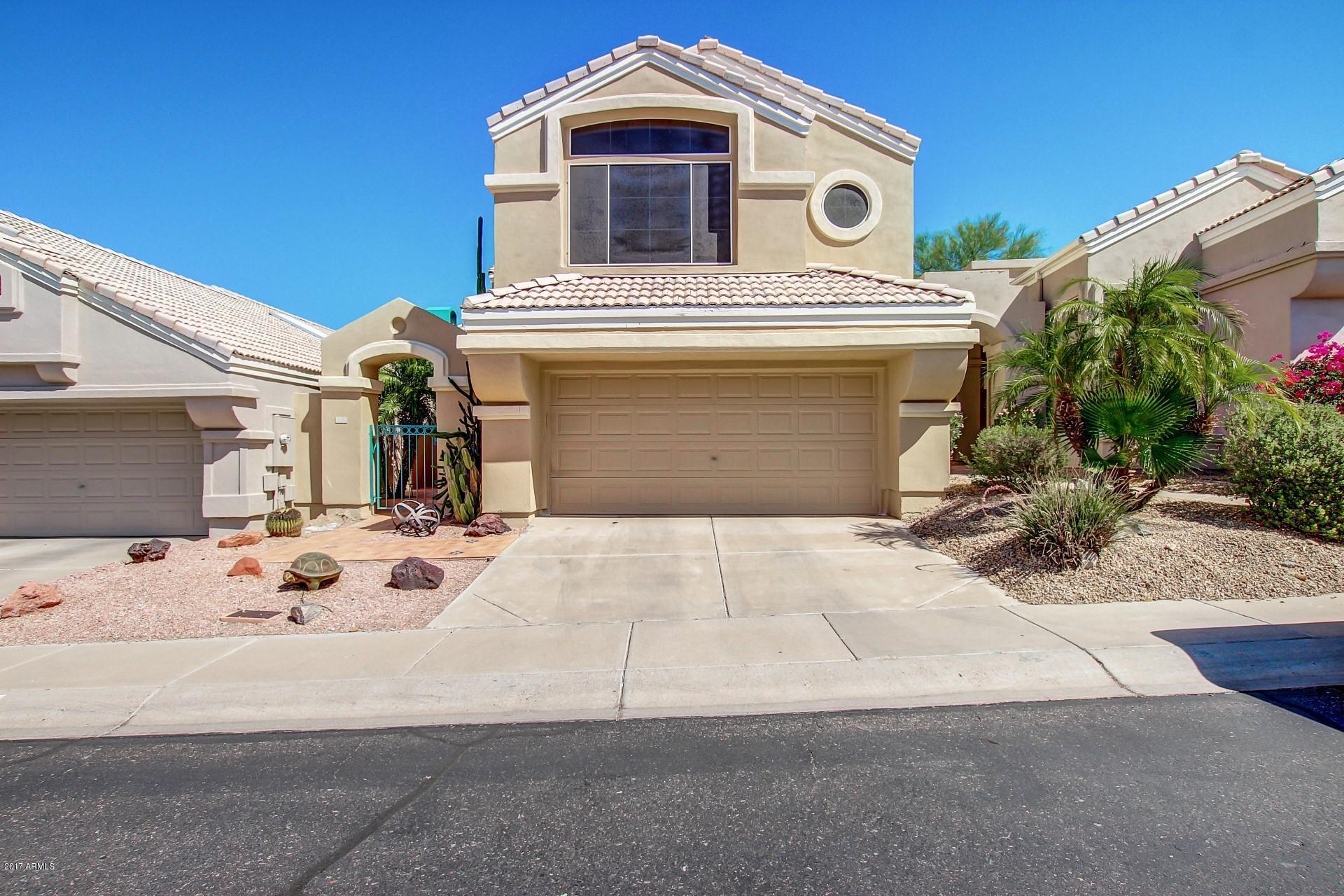Photo for 1136 E Hiddenview Drive, Phoenix, AZ 85048 (MLS # 5612613)