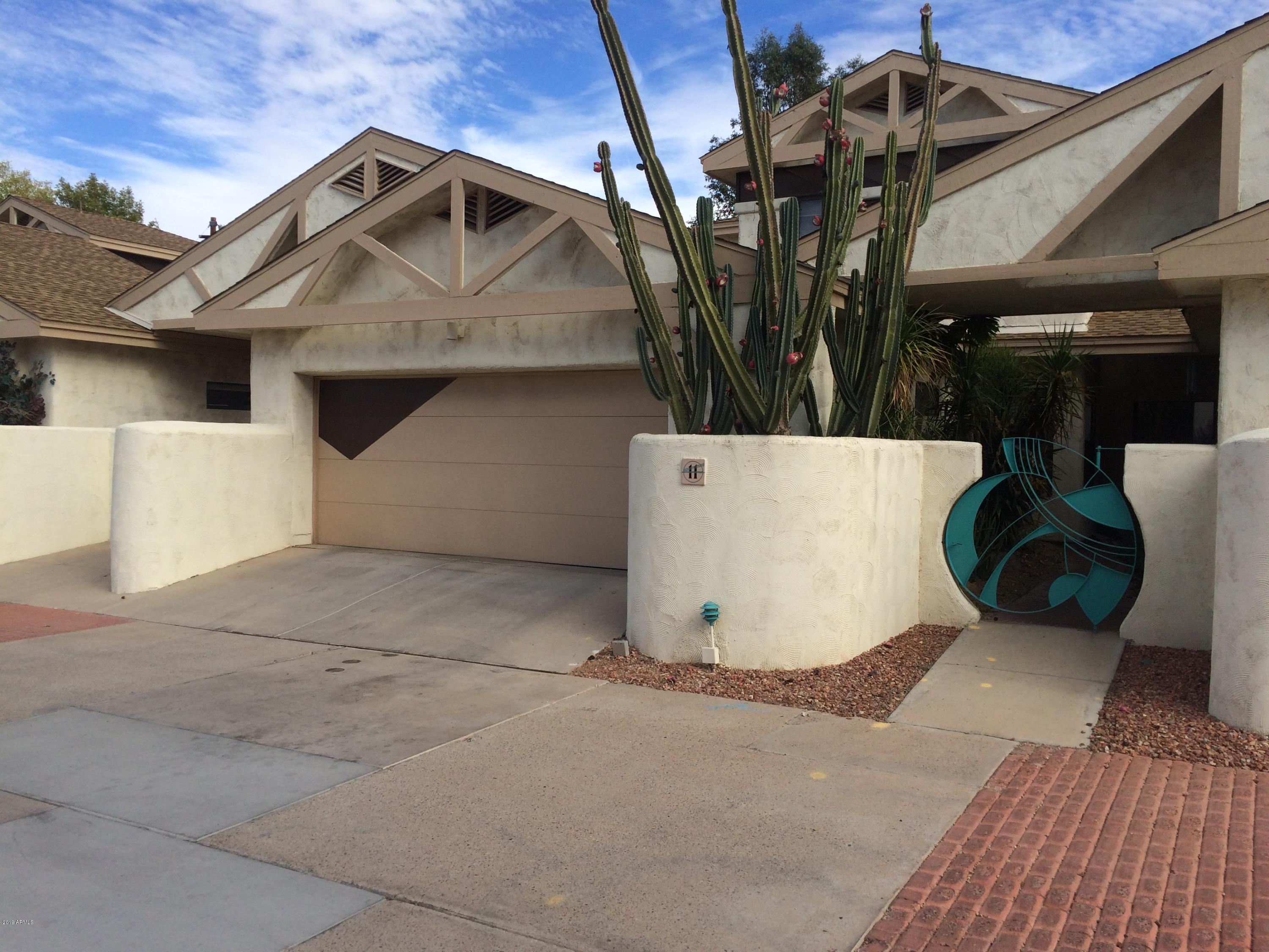 Photo for 33 W Missouri Avenue, Unit 11, Phoenix, AZ 85013 (MLS # 5870228)