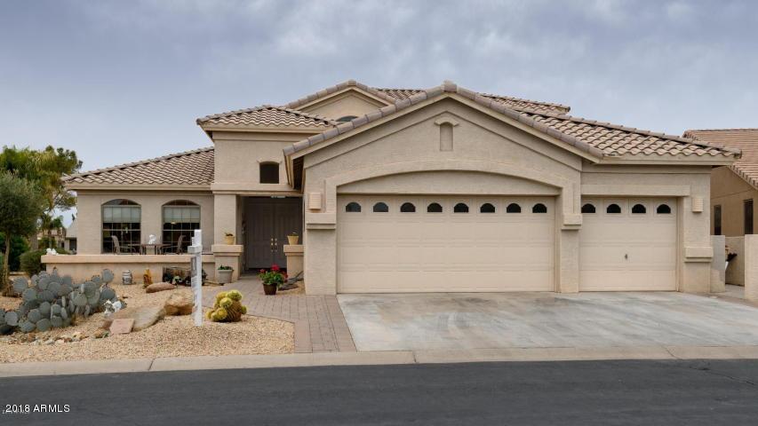 Photo for 24214 S Lakeway Circle NW, Sun Lakes, AZ 85248 (MLS # 5875166)