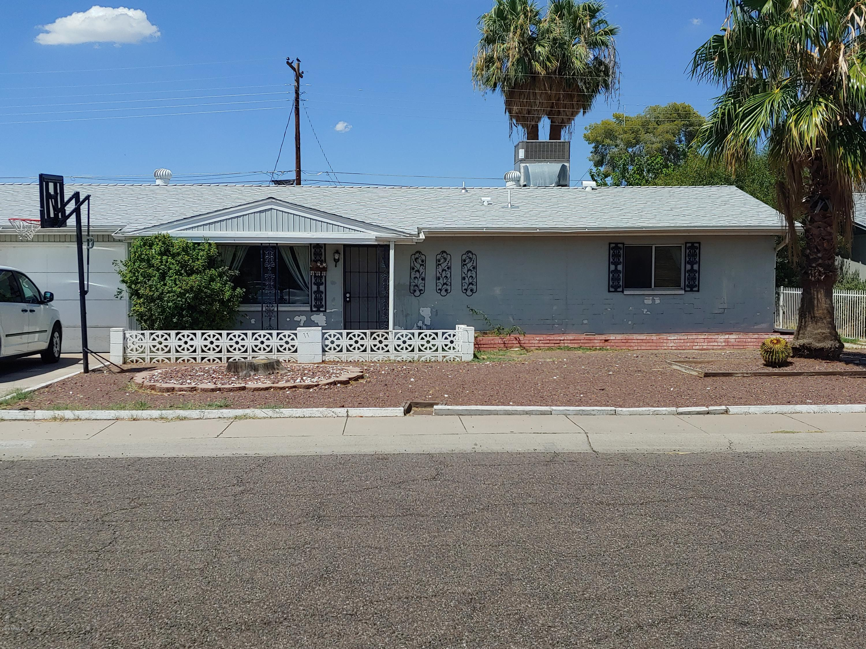 Photo for 3614 W Georgia Avenue, Phoenix, AZ 85019 (MLS # 5964608)