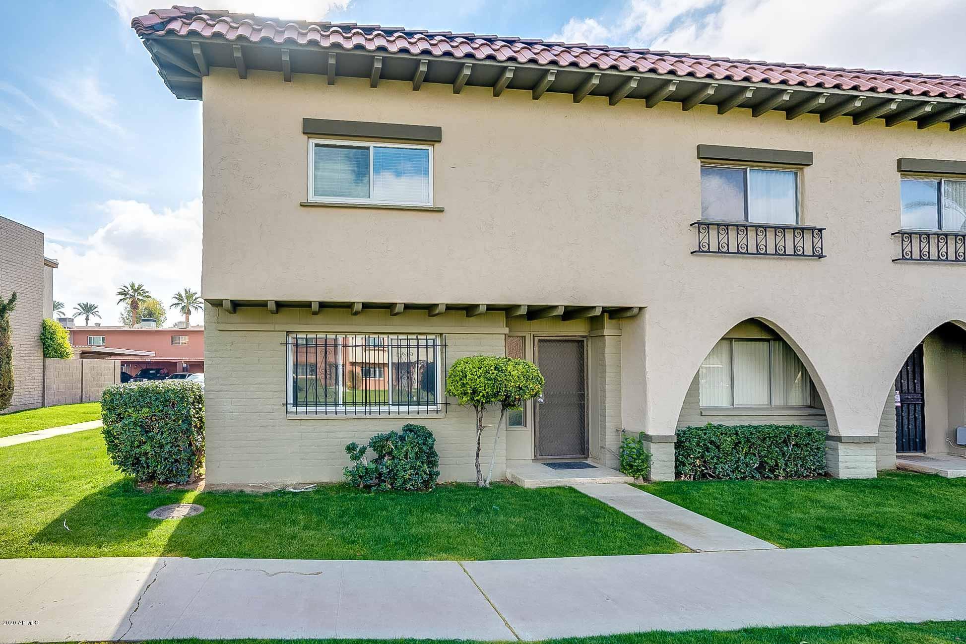 Photo for 2940 E Clarendon Avenue, Phoenix, AZ 85016 (MLS # 6029748)