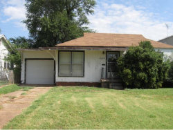 Photo of 1005 E Liveoak, Altus, OK 73521 (MLS # 285607)