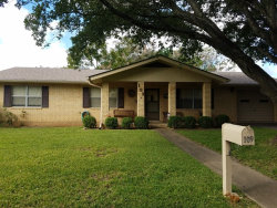 Photo of 109 Broadmoor St, Fredericksburg, TX 78624 (MLS # 74641)