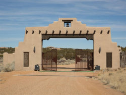 Photo of 12 Avenida de Rey, Santa Fe, NM 87506 (MLS # 201401257)