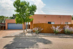 Photo of 6345 Milagro Luna, Santa Fe, NM 87507 (MLS # 201803738)