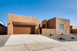 Photo of 44 Canto Del Pajaro, Santa Fe, NM 87508 (MLS # 201804023)