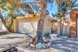 Photo of 2548 Calle De Rincon Bonito, Santa Fe, NM 87505 (MLS # 201805390)