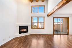 Photo of 9 Camino Esperanza, Santa Fe, NM 87507 (MLS # 201901375)