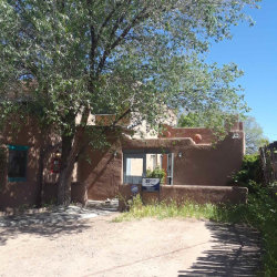 Photo of 665 1/2 unit B W San Francisco, Santa Fe, NM 87501 (MLS # 201902039)