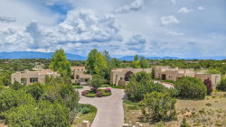 Photo of 6 Estates Drive, Santa Fe, NM 87506 (MLS # 201902907)