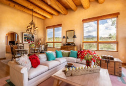 Photo of 793 Stagecoach Circle, Santa Fe, NM 87501 (MLS # 201903359)