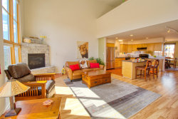 Photo of 4715 QUEMAZON, Los Alamos, NM 87544 (MLS # 201903425)