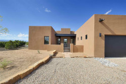 Photo of 43 Via Pampa, Santa Fe, NM 87506 (MLS # 202000680)