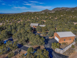 Photo of 3 Star Vista, Santa Fe, NM 87505 (MLS # 202100085)
