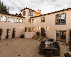 Photo of 1230 Northridge Road, Santa Barbara, CA 93105 (MLS # 1074343)