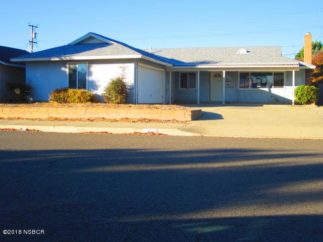 Photo for 905 Alden Avenue, Lompoc, CA 93436 (MLS # 18000023)