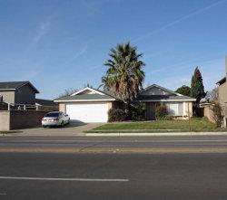 Photo of 809 E Alvin Avenue, Santa Maria, CA 93454 (MLS # 18000162)