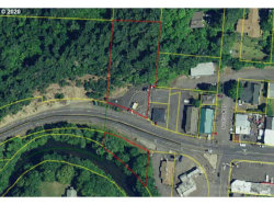 Photo of 442 W B AVE, Drain, OR 97435 (MLS # 20400307)