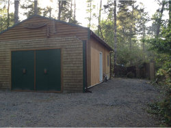 Photo of 123 OUTER DR, Florence, OR 97439 (MLS # 18308323)