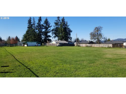 Photo of R ST, Springfield, OR 97477 (MLS # 19002280)