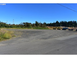 Photo of 235 E RAILROAD AVE, Reedsport, OR 97467 (MLS # 19181853)