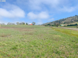 Photo of 0 DARLEY DR , Unit 00112, Roseburg, OR 97471 (MLS # 20150415)