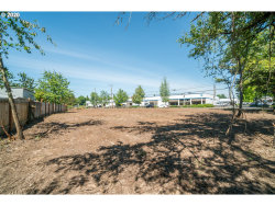 Photo of 15005 SE 91ST AVE, Clackamas, OR 97015 (MLS # 20385071)