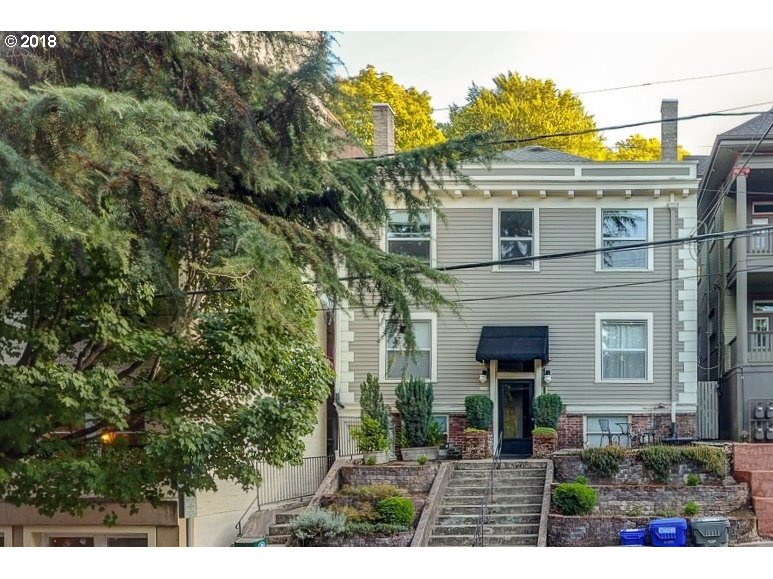 Photo for 2354 NW GLISAN ST, Portland, OR 97210 (MLS # 18091623)