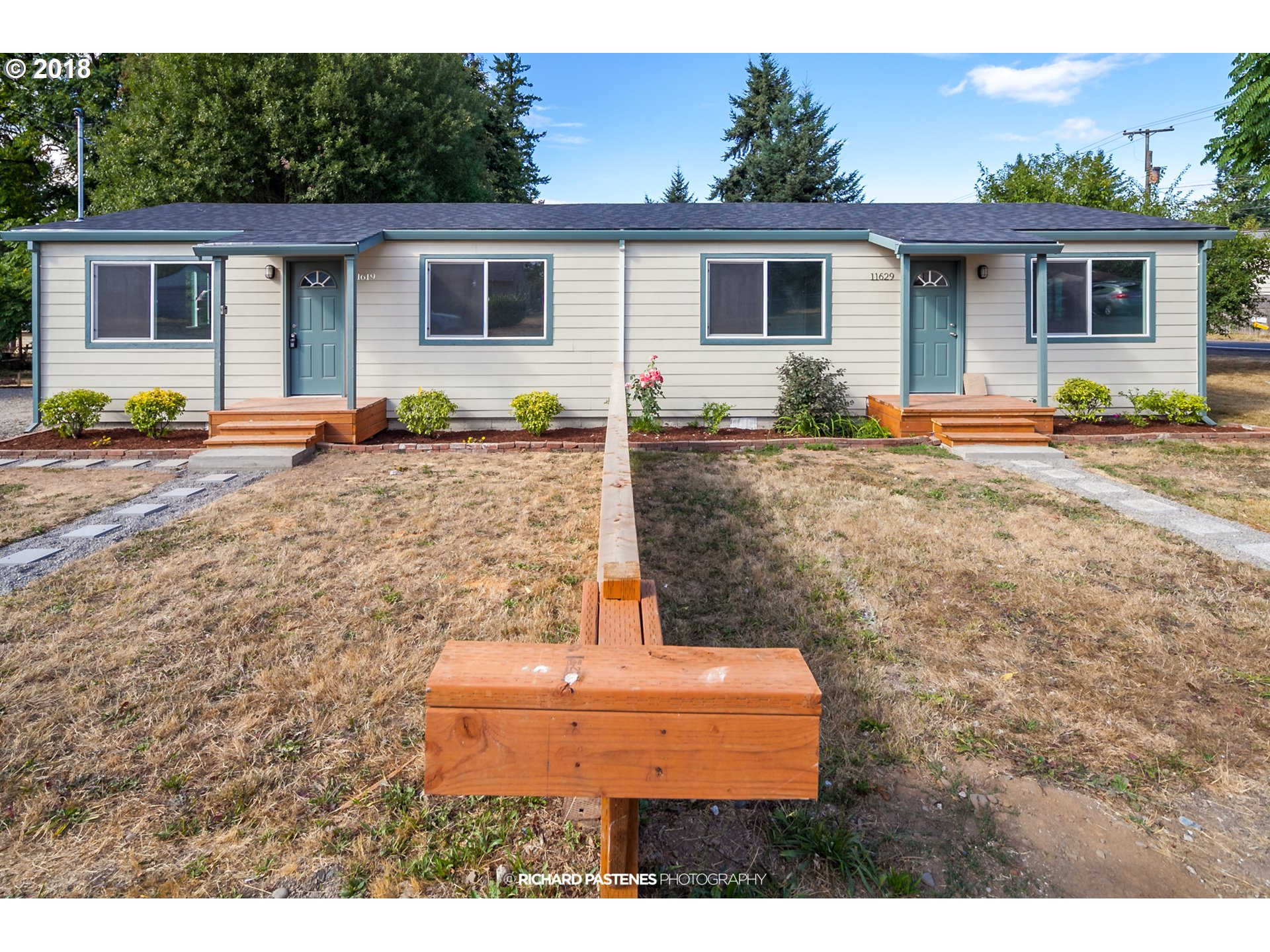 Photo for 11619 SE TAYLOR ST, Portland, OR 97216 (MLS # 18392199)