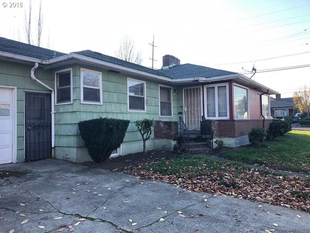 Photo for 136 N RUSSET ST, Portland, OR 97217 (MLS # 18551491)