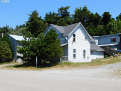 Photo of 816 JACKSON ST, Port Orford, OR 97465 (MLS # 19340236)