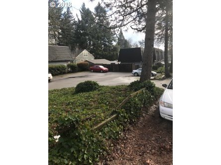 Photo for 81028122 SW 31ST AVE, Portland, OR 97219 (MLS # 19403340)