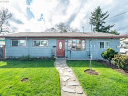 Photo of 6415 SE 85TH AVE, Portland, OR 97266 (MLS # 20662536)