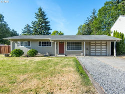 Photo of 17988 SE ALDER ST, Portland, OR 97233 (MLS # 15396558)