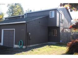 Photo of 9952 SW FREWING ST, Tigard, OR 97223 (MLS # 17015800)