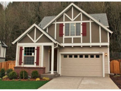 Photo of 1044 EPPERLY WAY, West Linn, OR 97068 (MLS # 17016432)