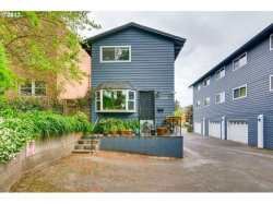 Photo of 2136 SE HAWTHORNE BLVD , Unit 10, Portland, OR 97214 (MLS # 17030759)