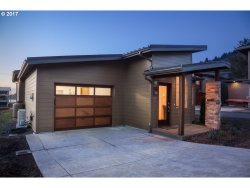 Photo of 20 BEARGRASS CT, Yachats, OR 97498 (MLS # 17031004)