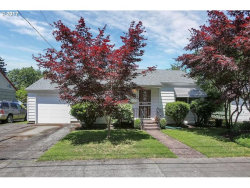 Photo of 4125 SE NEHALEM ST, Portland, OR 97202 (MLS # 17036577)