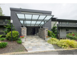 Photo of 16200 PACIFIC HWY , Unit 9, Lake Oswego, OR 97034 (MLS # 17041573)