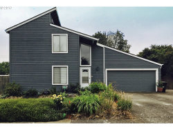 Photo of 181 SW 12TH AVE, Canby, OR 97013 (MLS # 17058544)