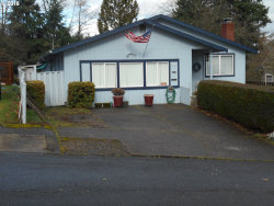 Photo of 1521 SW HUME CT, Portland, OR 97219 (MLS # 17072153)